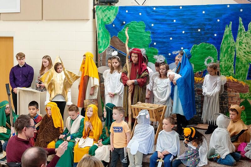 20191209 Faith Children Advent Family Gathering-8023.jpg