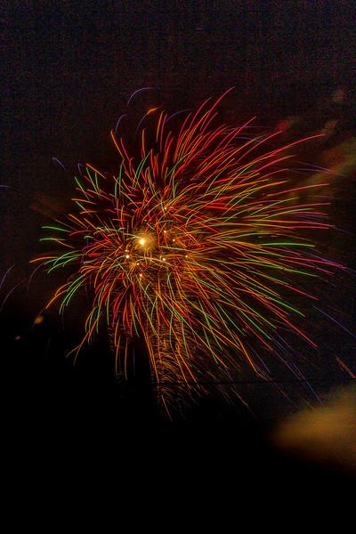 Fireworks 190629222114 2757.jpg