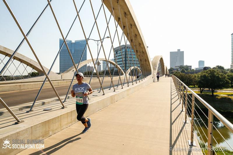 Fort Worth-Social Running_917-0520.jpg