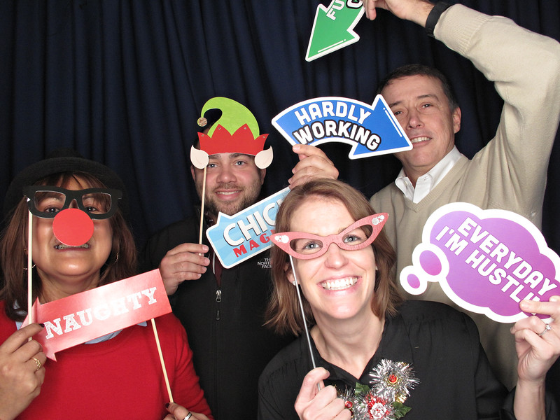 Freezeframez_Photo_Booths_015.jpg