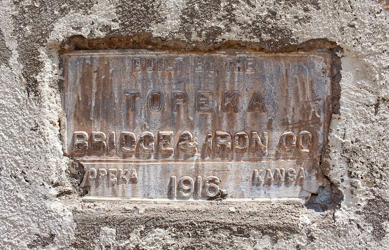 Dedication plaque on the historic Gila River bridge (2018)