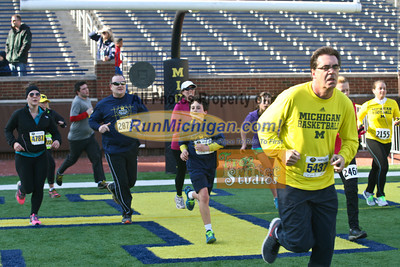 Finish, Gallery 3 - 2014 Big House 5K