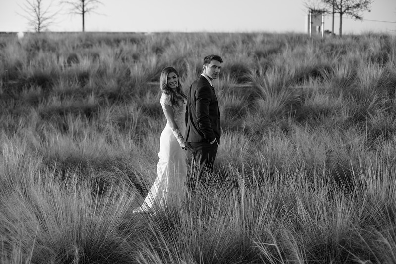Kate&Josh_B&W_ZACH.WATHEN.PHOTOGRAPHER-462.jpg