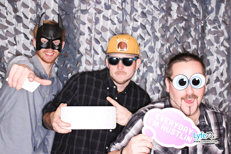 red-hawk-2017-holiday-party-beltsville-maryland-sheraton-photo-booth-0203.jpg
