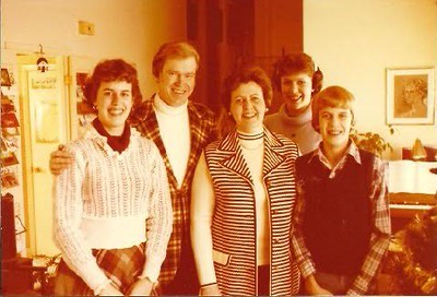 Relatives_Pipers5Old.jpg