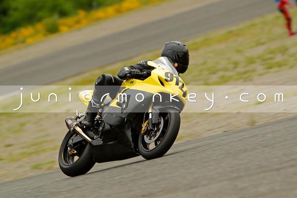 912 - Yellow Black GSXR