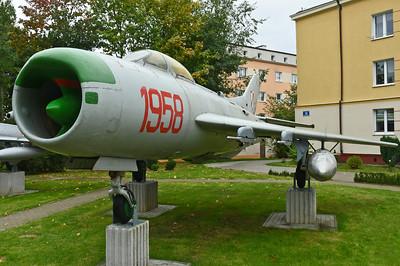 MiG-19/S-105 Farmer (WFU)