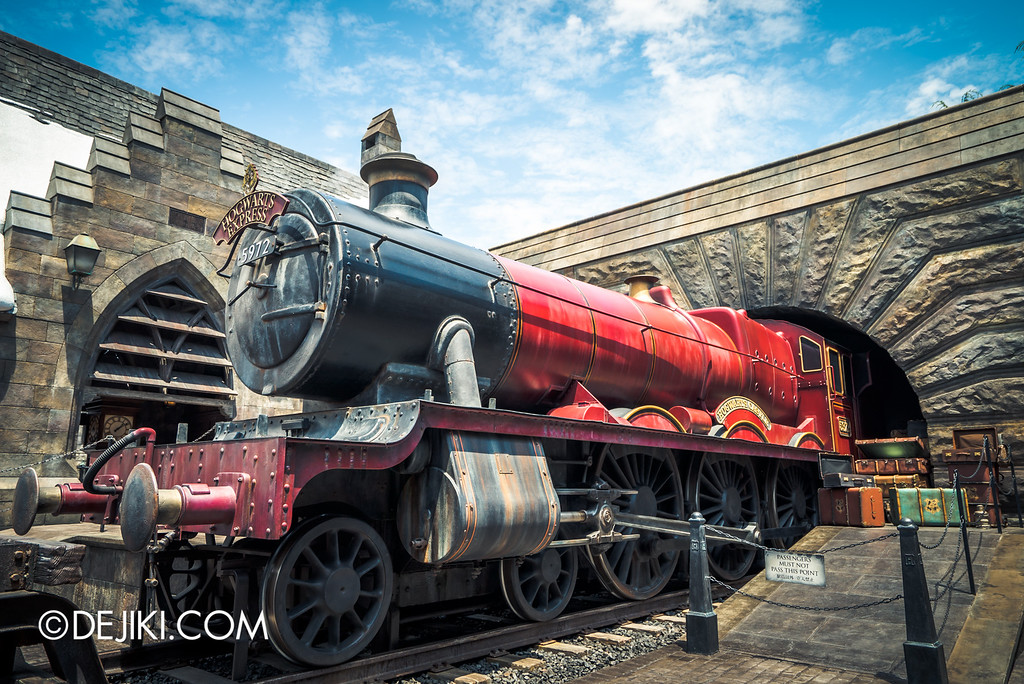 Universal Studios Japan - The Wizarding World of Harry Potter - Hogwarts Express at Hogsmeade Station