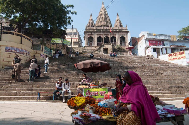 Varanasi-GhatShops.jpg
