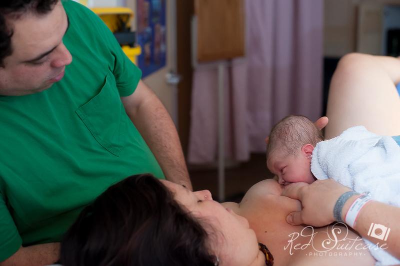 Alana, Blair and baby Logan BIRTH-204.jpg