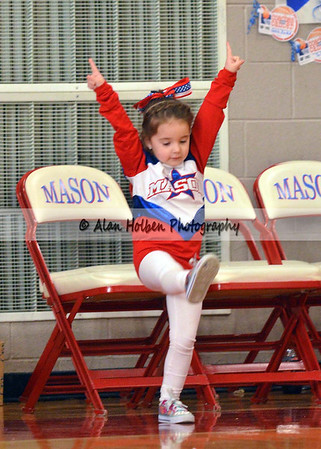 Cheer at Mason Feb 4 - Mason varsity - Round 2