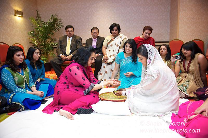 Naziya-Wedding-2013-06-08-01925.JPG
