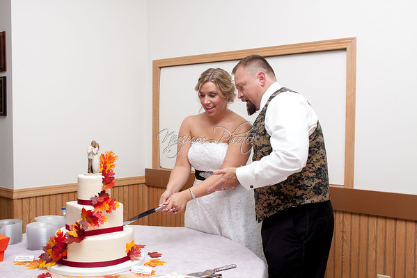 Cake Cutting - Jessica and Rich