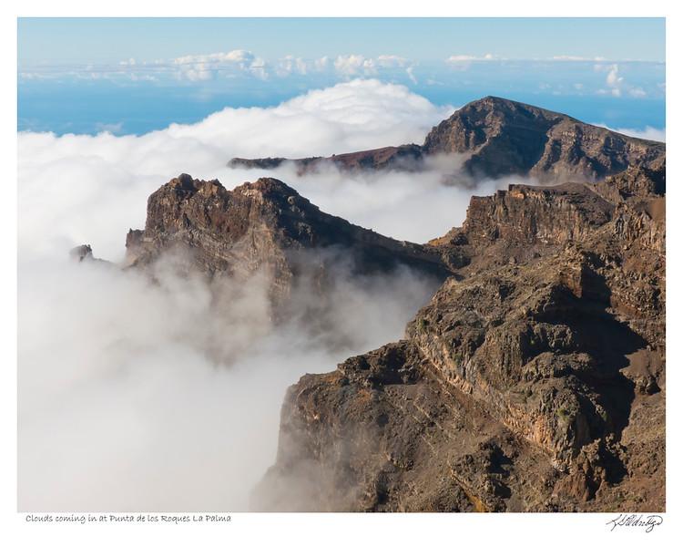 141030-P1050868 Clouds coming into Punta de los Roques La Palma.jpg