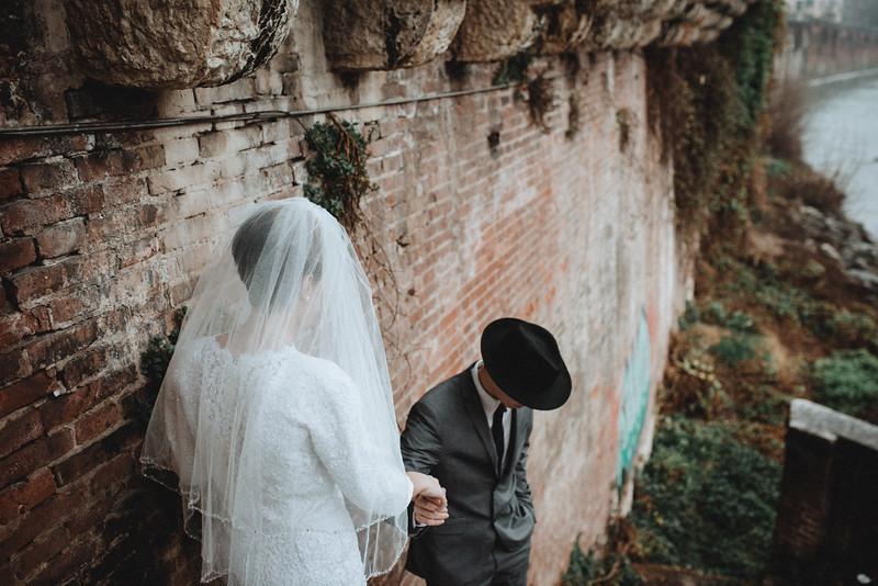 Tu-Nguyen-Wedding-Photographer-Hochzeitsfotograf-Verona-Oldtown-Italy-55.jpg