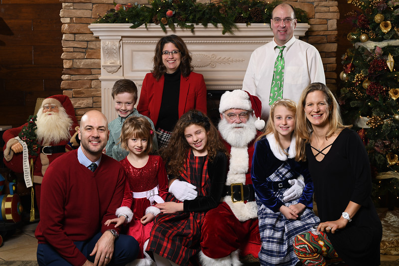 Santa2018.TylerBoye.-116.jpg