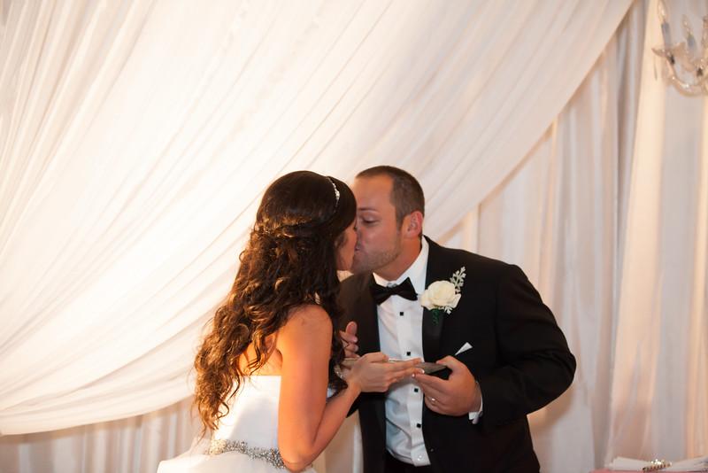 0927_Josh+Lindsey_Wedding.jpg