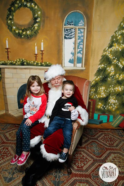 Pictures with Santa @Earthbound 12.1.2018-105.jpg