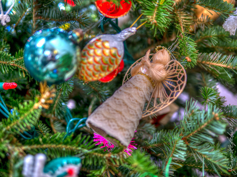 Christmas_2013_Lefebvre_(4_of_42)_HDR