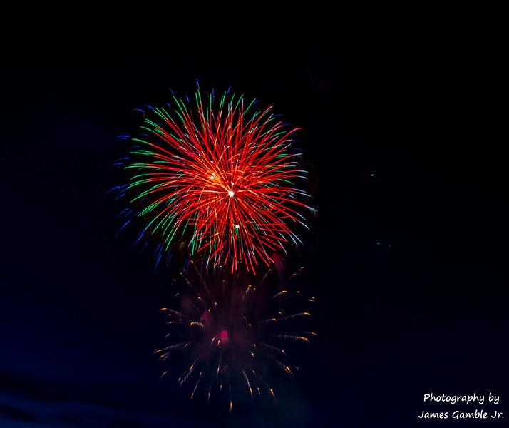 Fourth-of-July-Fireworks-2016-0317.jpg