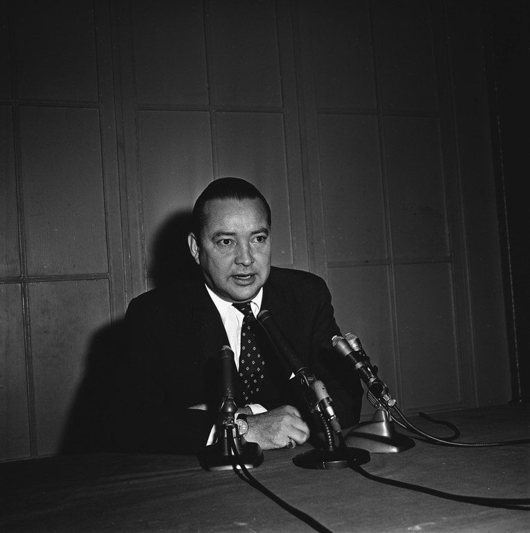 . William Clay Ford, 38, is shown at a press conference after he became owner of the Detroit Lions football team, Nov. 22, 1963. Stockholders approved the sale of the club to Ford for $6 million. Ford, scion of the Ford Motor Company family, became a pro football enthusiast after his election to the Lions\' board of directors in 1956. (AP Photo/Preston Stroup)