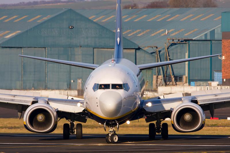 EI-DAW. Boeing 737-8AS. Ryanair. Prestwick. 281208.