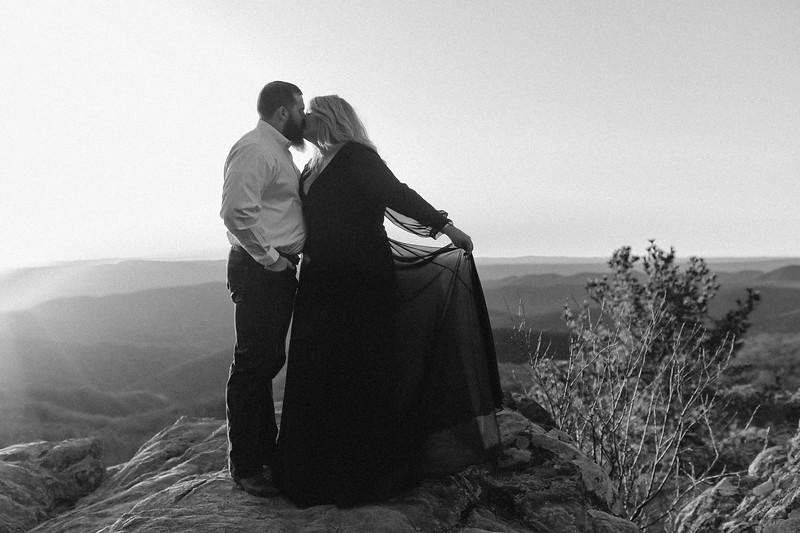 20200222-Lauren & Clay Engaged-320.jpg