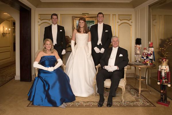 Dec 22, 2016 Debutante Garrity family photo shoot