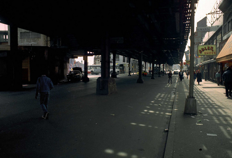 Looking south downThird Avenue from 149th Street.