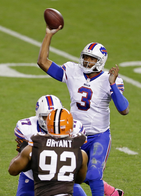 . Buffalo Bills quarterback EJ Manuel (3) passes against the Cleveland Browns in the second quarter of an NFL football game Thursday, Oct. 3, 2013, in Cleveland. (AP Photo/Tony Dejak)