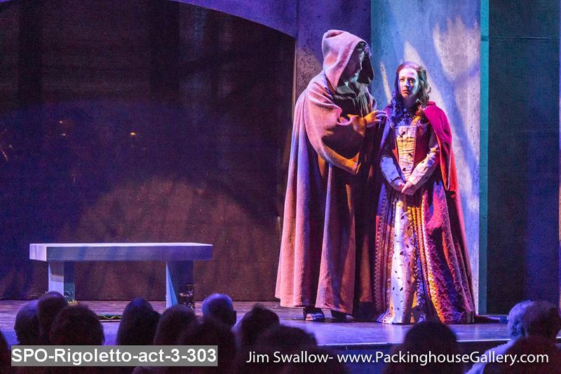 SPO-Rigoletto-act-3-303.jpg