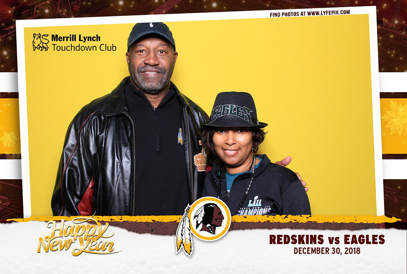 washington-redskins-philadelphia-eagles-touchdown-fedex-photo-booth-20181230-164549.jpg