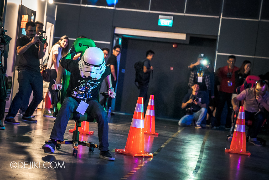 GameStart 2016 - Secretlab Grand Prix Chair Race in action 2