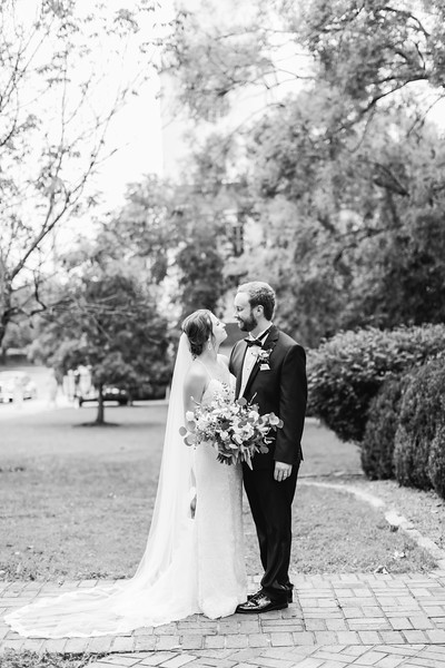 474_Ryan+Hannah_WeddingBW.jpg
