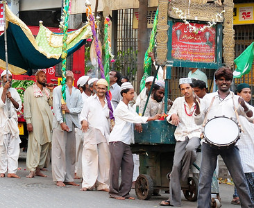 Bombay faces-street scenes