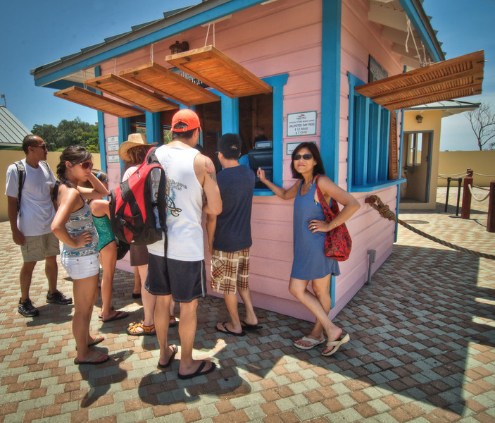 Saxaphone player-Manly Beach-Sydney Australia--18.jpg