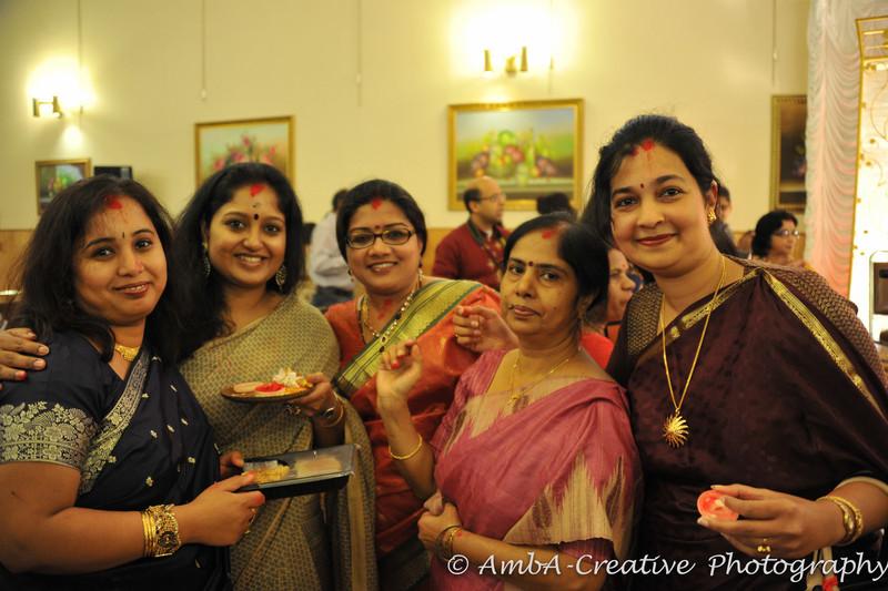 2013-10-13_DurgaPuja_Navami@KallolNJ_47.jpg