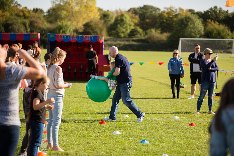 bensavellphotography_lloyds_clinical_homecare_family_fun_day_event_photography (393 of 405).jpg