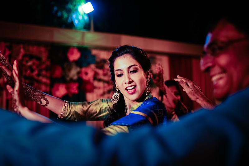 Candid Wedding Photographer Ahmedabad-1-29.jpg
