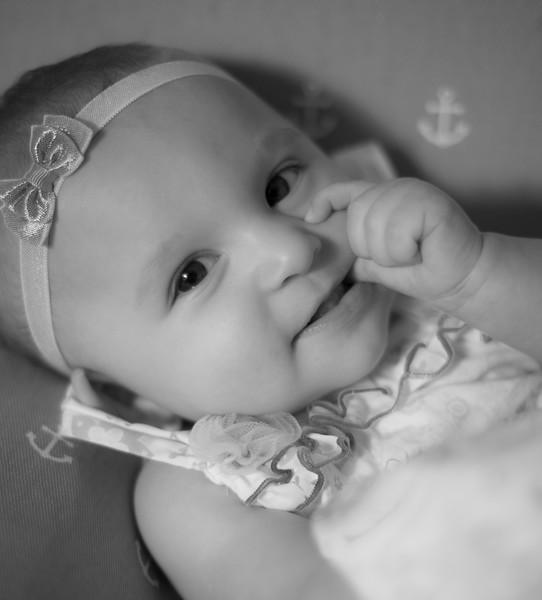 Ava 6 months-18.jpg