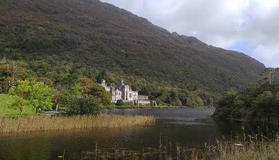 Day Trip to Kylemore Abbey and Connemara National Park