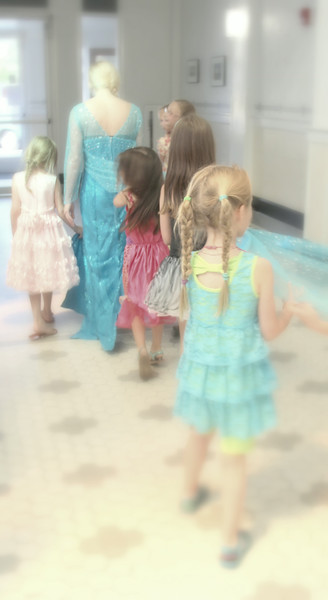 The Princess leads the girls to the magic cupcakery!!!!