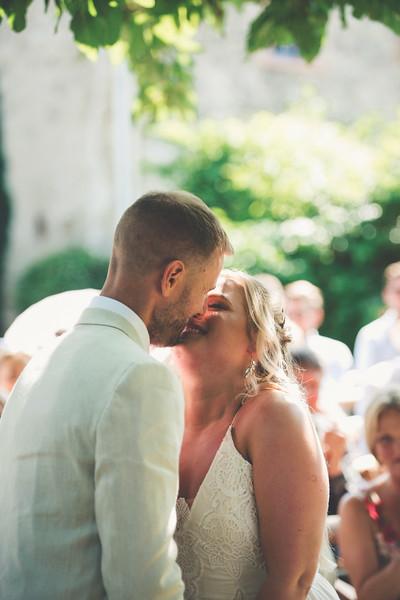 Awardweddings.fr_Amanda & Jack's French Wedding_0318.jpg