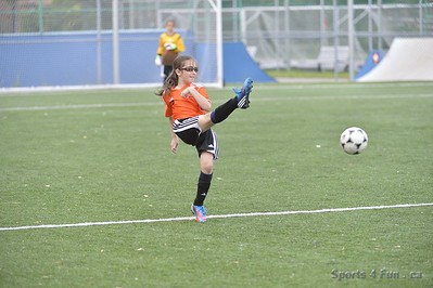 Soccer - Dorval vs TMR - Girls