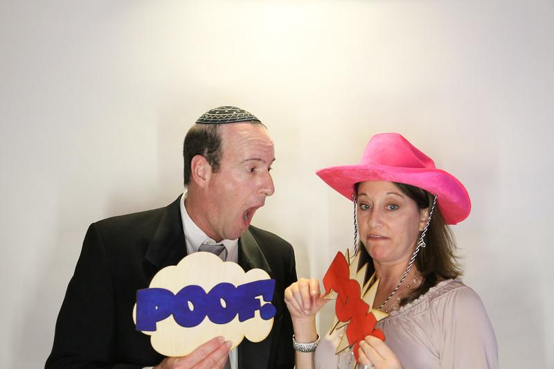 Danny and Sonia Photobooth Originals-104.jpg