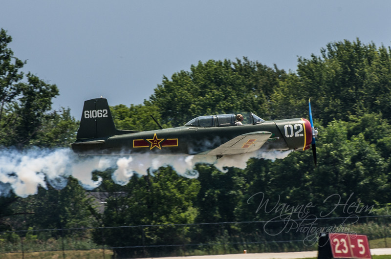 WW II Fighter - Photography by Wayne Heim