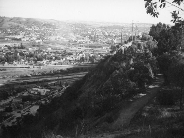 1937, Hilltop Trail