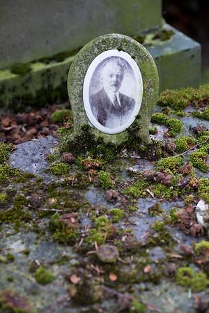 Bruges old cemetery