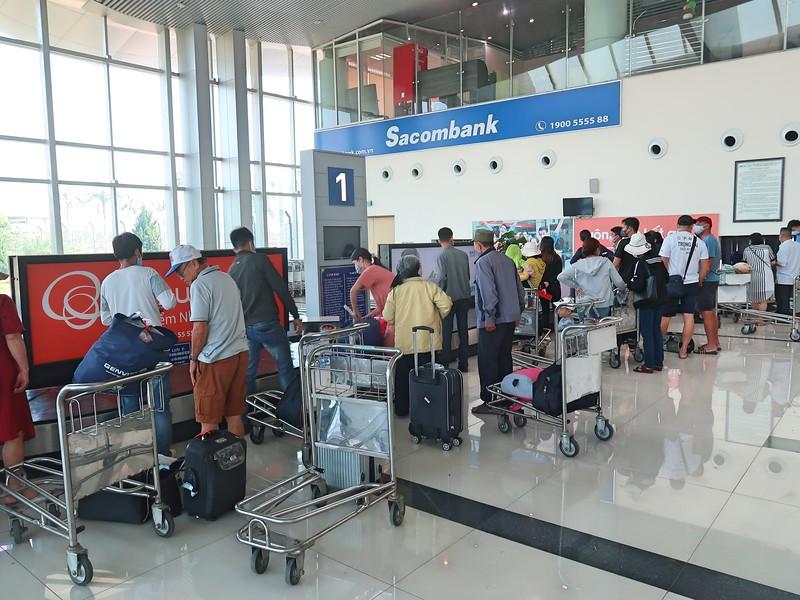 IMG_1618-baggage-claim.jpg