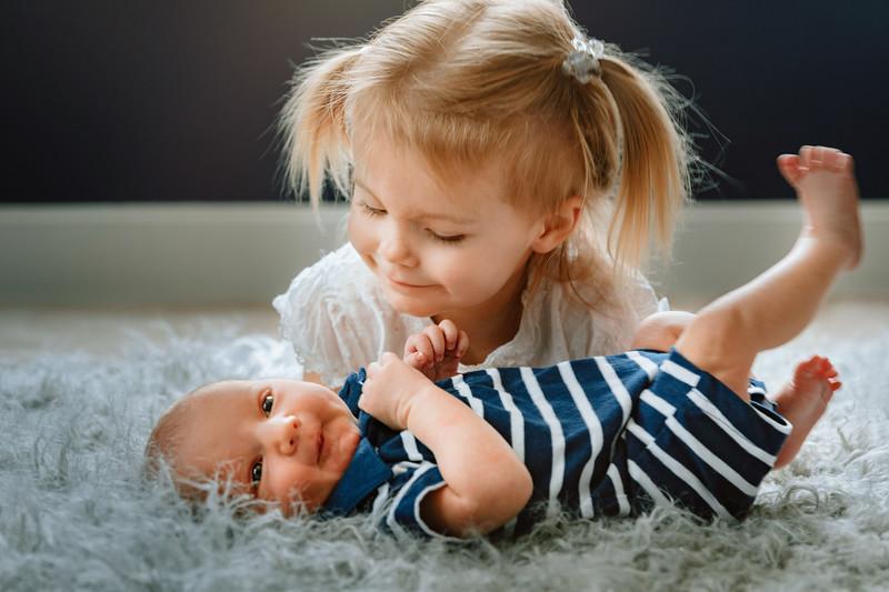 2020-Maxwell-Newborns-First-Family-Photos_Longmont_CO_Family_Photographer (178).jpg
